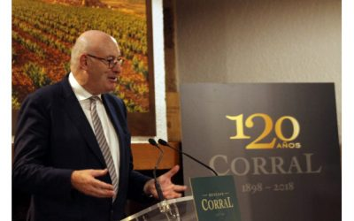 El comisario europeo de agricultura, Phil Hogan, visita Bodegas Corral