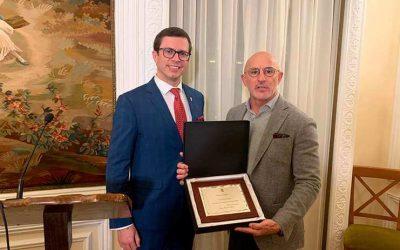 """Luis de la Fuente recibe el """"Premio al Deporte"""""""